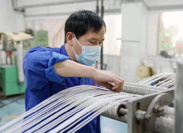 上海石化研发成功聚丙烯熔喷无纺布专用料
